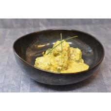 Kip/noot balletjes met prei en curry