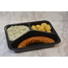 Menuschotel Kipworst, prei in bechamelsaus en aardappelen